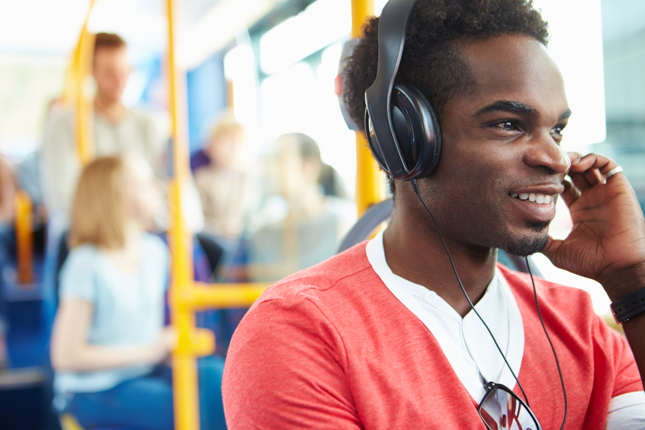 The Rising Popularity of Podcasts: Why Listeners Are Rediscovering Podcasts